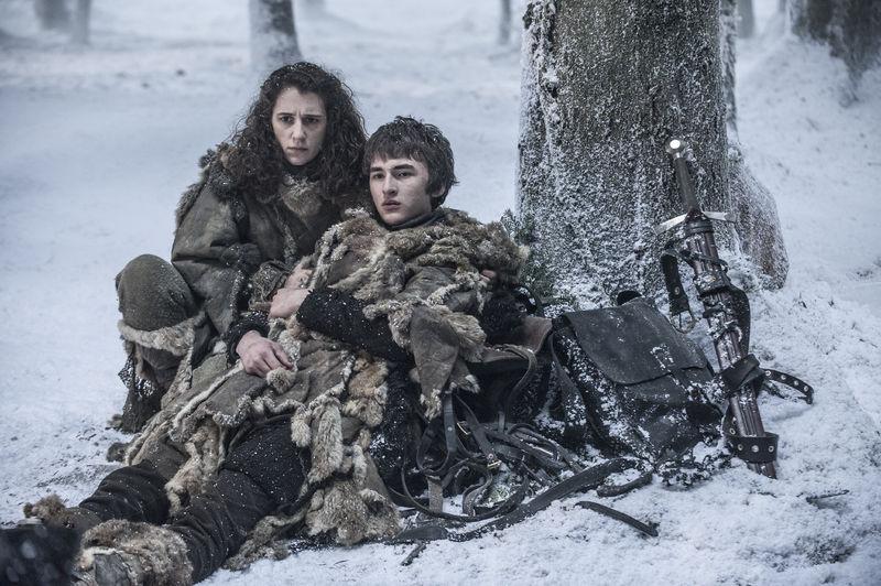 Meera Reed og Bran Stark i sesong 6. Foto: Helen Sloan/HBO