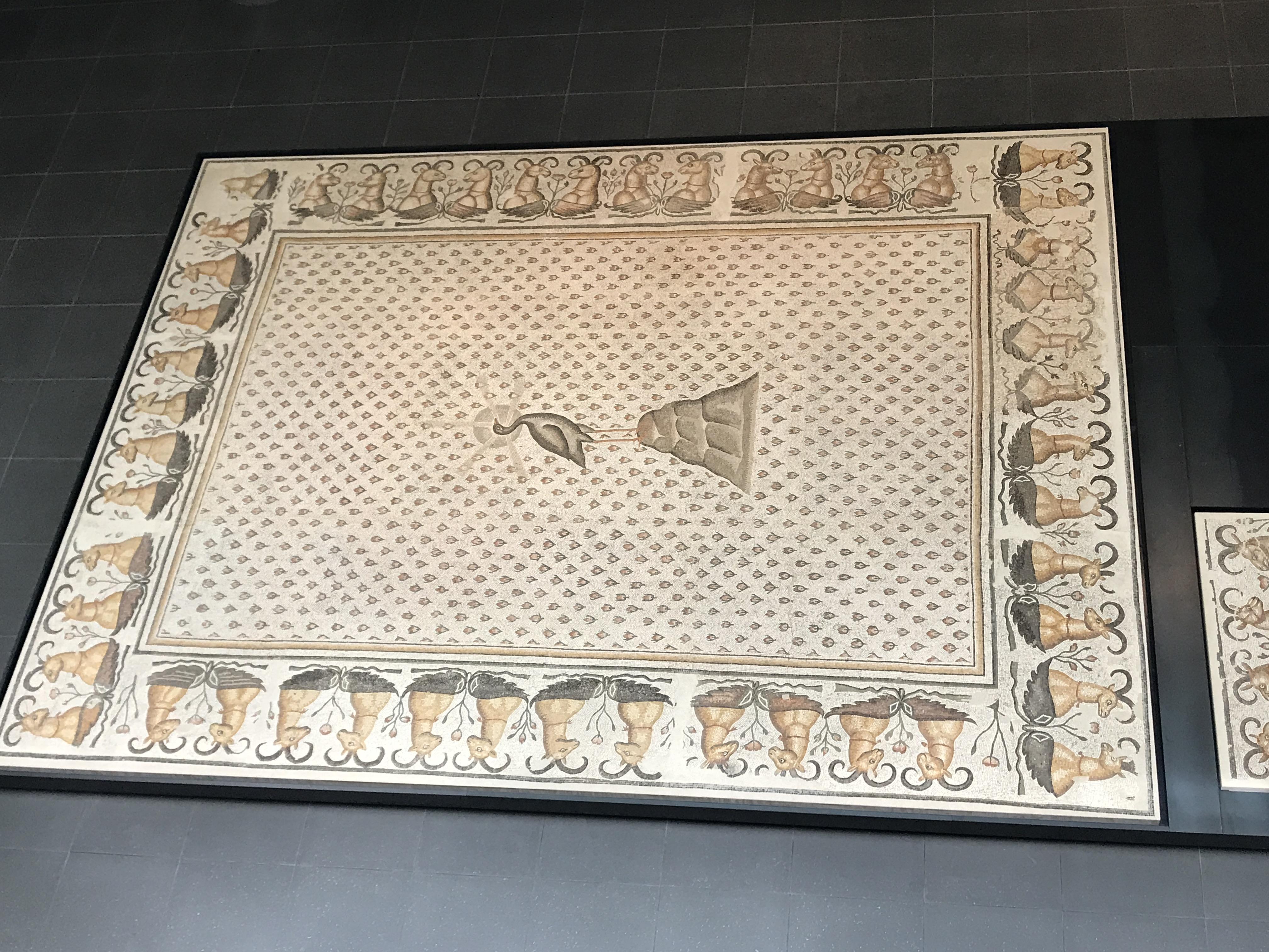 BILDE 4 Føniks Louvre privat