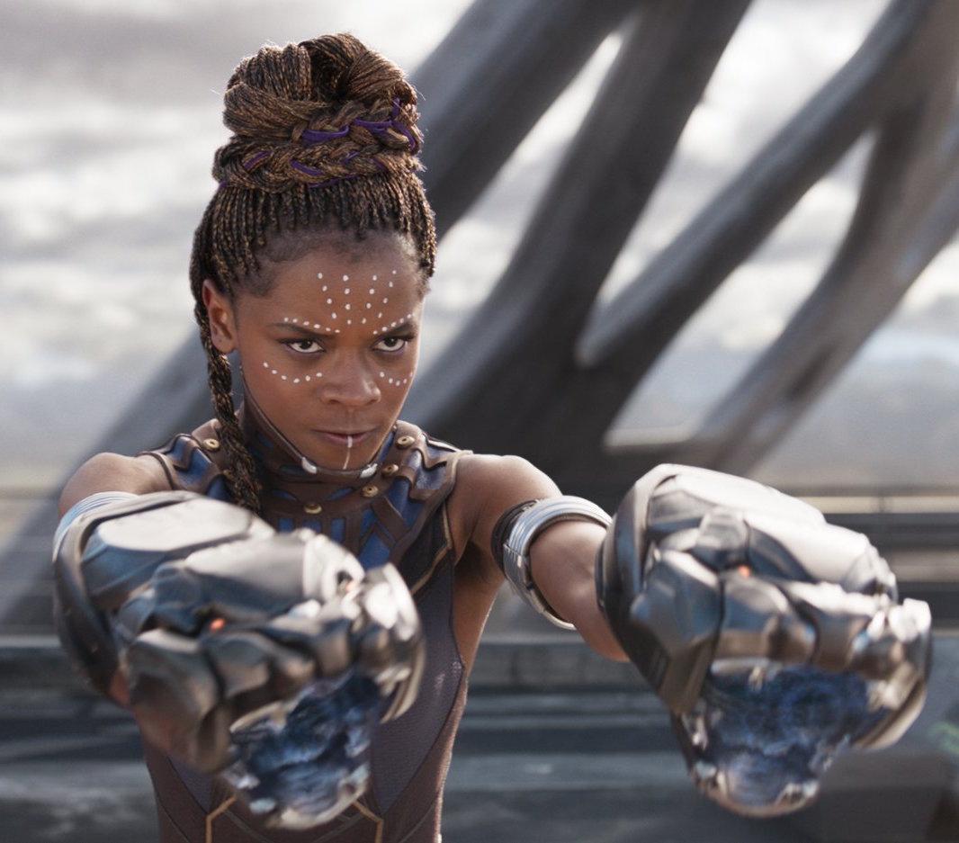 Letita Wright i Black Panther. Foto: Marvel Studios.