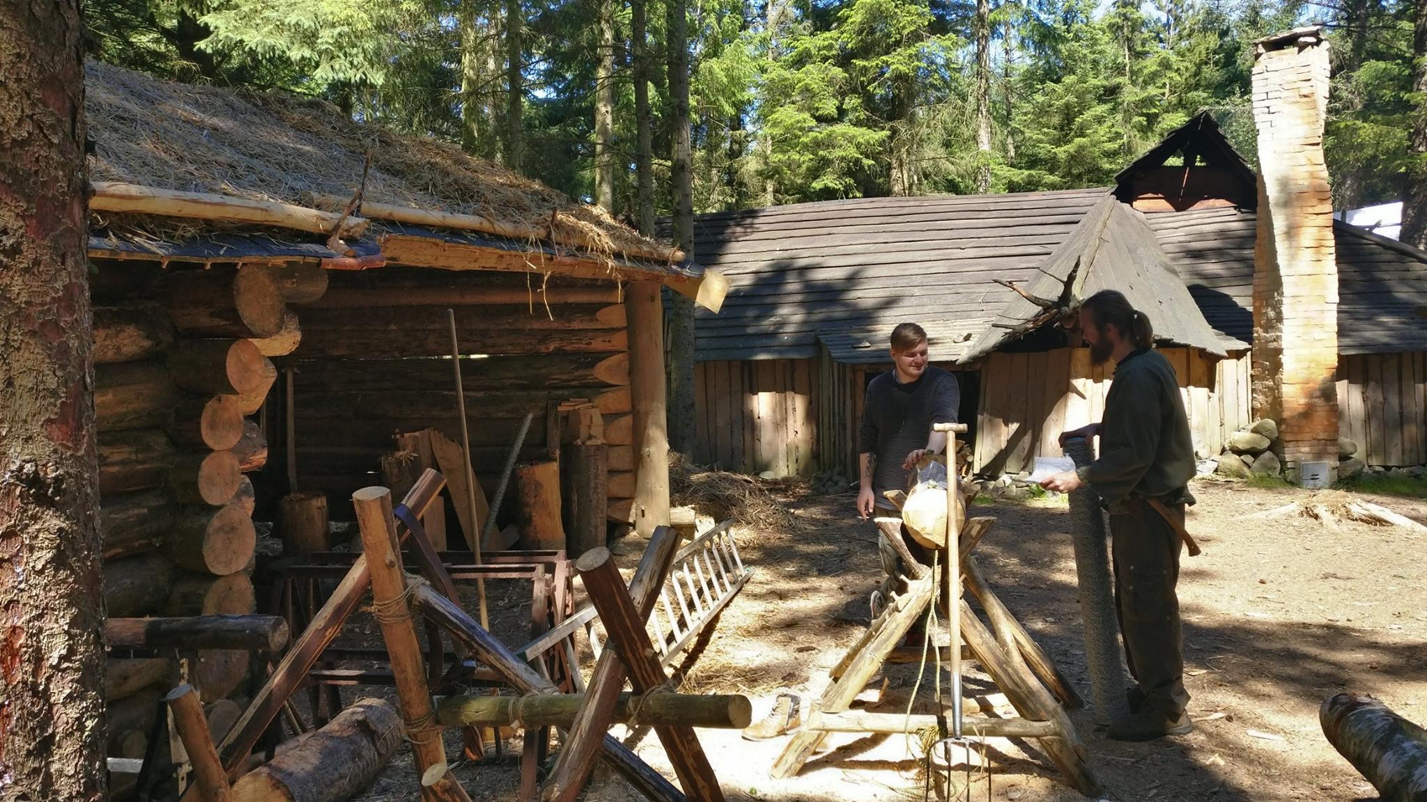 Flere bygninger er på plass og Yxengaard har gått fra å være drøm til virkelighet.