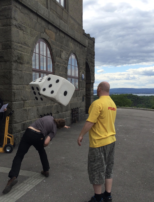 På Norges største brettspillfestival Arcon kan du både oppdage nye spill og møte andre spillere. Foto: Ole Peder Giæver